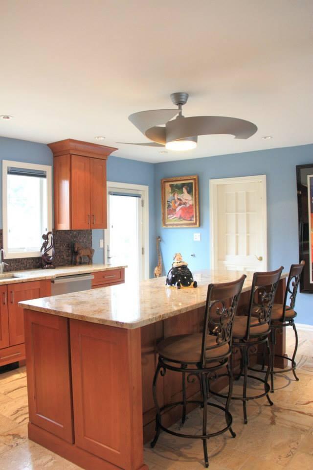 Simple Wood Kitchen | Evo Design Center